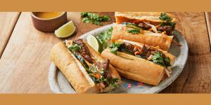 간편하게 만드는 양념 목심 반미 샌드위치